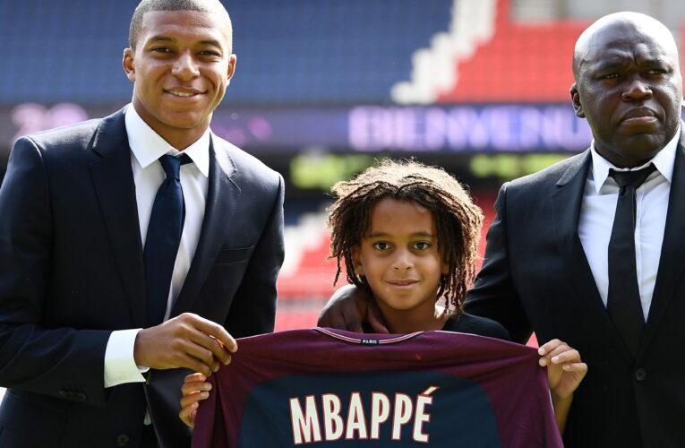 PSG ký hợp đồng chuyên nghiệp với Ethan Mbappe, em trai của Kylian Mbappe