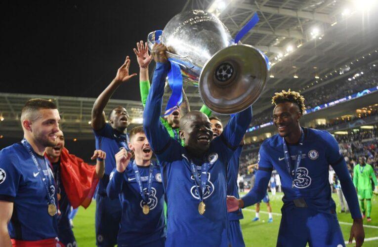 Pogba cho rằng N'golo Kante xứng đáng đoạt Quả Bóng Vàng 2021
