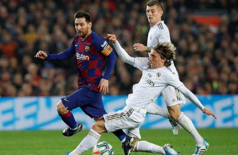 Kỹ năng phòng ngự cơ bản trong bóng đá dành cho hậu vệ