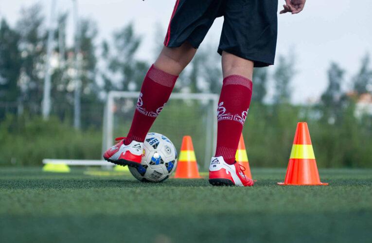 Những kỹ thuật cơ bản trong bóng đá dành cho người mới