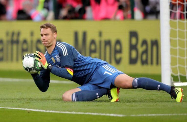 Thủ môn Manuel Neuer cán mốc 100 lần khoác áo cho đội tuyển Đức
