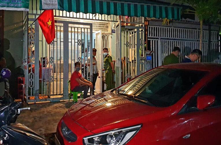Hà Nội xử phạt nhóm đánh bài trong mùa dịch