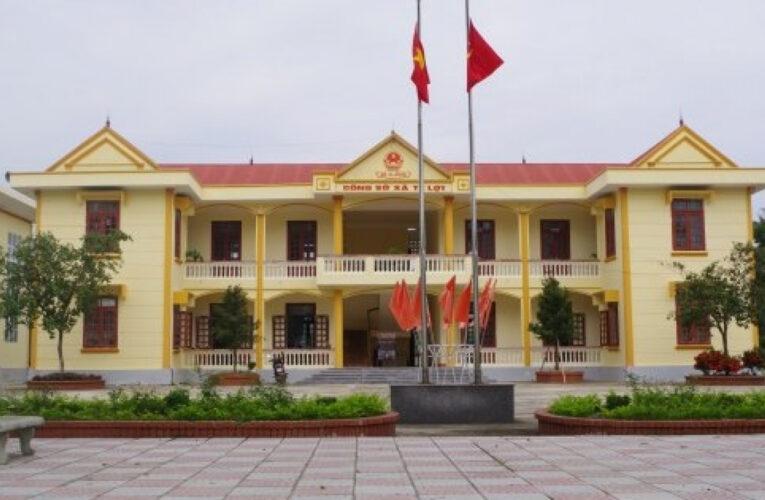 Thanh Hóa cán bộ xã bị cách chức do đánh bài tại trụ sở